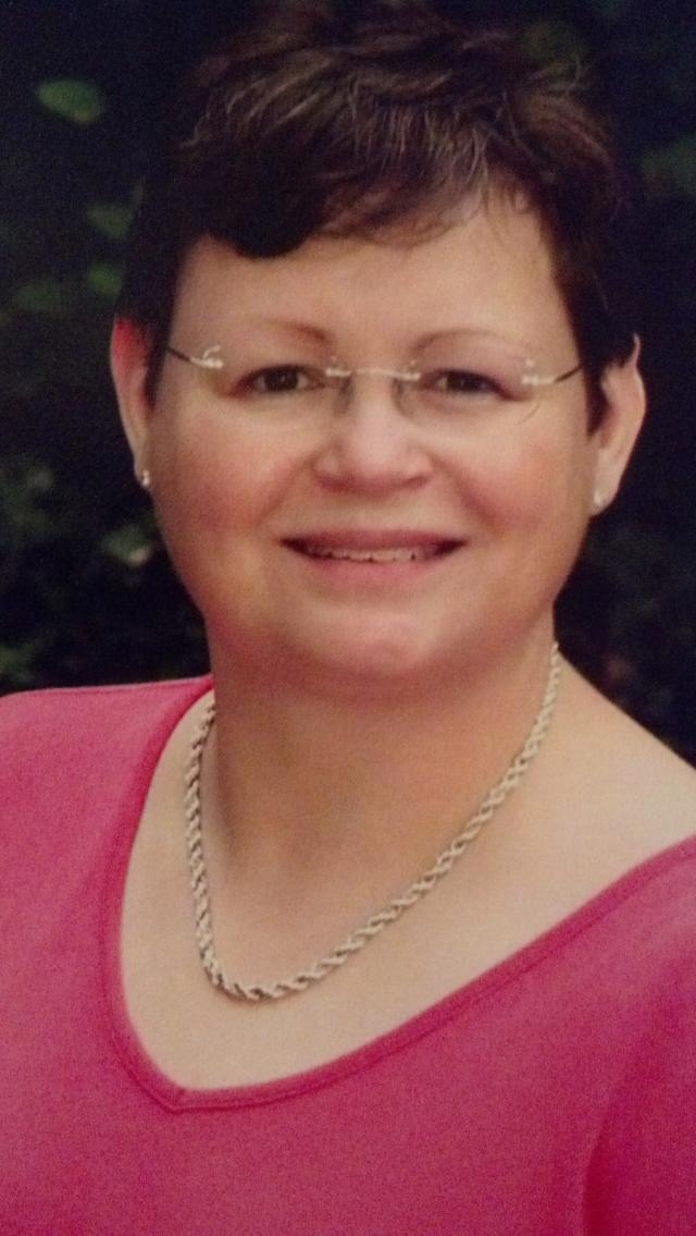 Leila Kramer Headshot